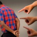 Acusaciones y acusadores acusados
