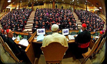La Iglesia en 2018: sínodo y crisis por los abusos