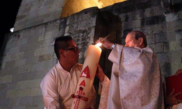 El Cirio Pascual, signo del triunfo del Señor sobre la muerte