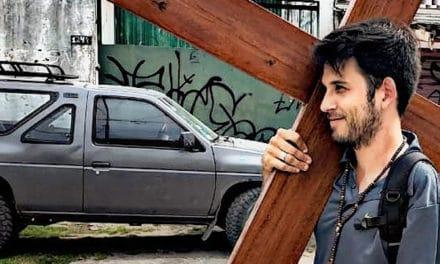 «Soy un católico más y quiero servir de algo en esta vida»