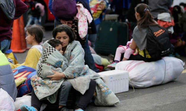 Frontera Perú-Chile: «Es duro ver a niños que no paran de llorar por hambre y frío»
