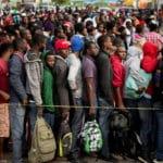 Promueven tender puentes a migrantes y descartar muros