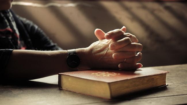 ¿Qué decimos los católicos cuando decimos «Dios»?