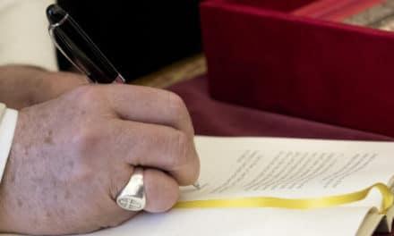 El Papa aprueba estatutos anti corrupción para el IOR