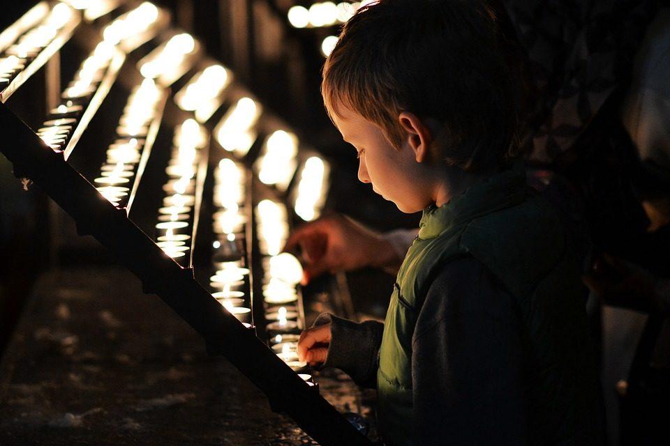 ¿Orar también es para niños y adolescentes?