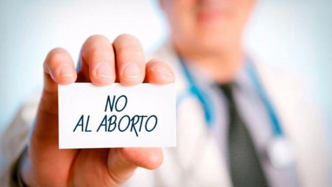 Especialistas: médicos objetores de conciencia enfrentan presiones