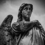 También hay ángeles falsos