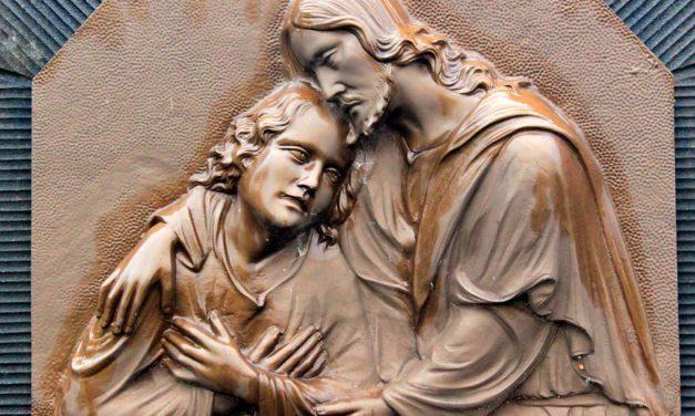 El abrazo del perdón que dió la vuelta al mundo