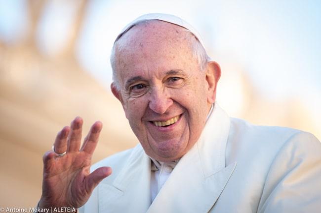 Cinco gestos del Papa Francisco que causaron escándalo en 2019