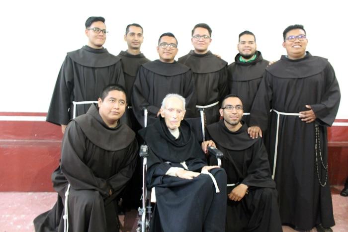 Fray Jeshu, el franciscano que hizo de la humildad su oración