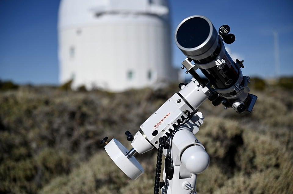 Algunos de los muchos clérigos astrónomos