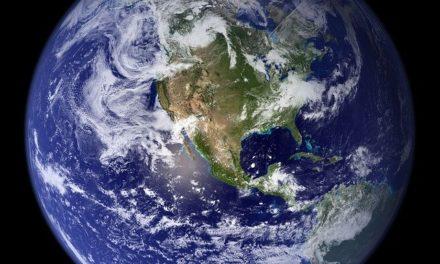 ¿Un Papa excomulgó a un planeta?