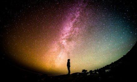 No es contrario a la fe creer en vida extraterrestre
