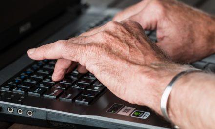 Con títulos y sin títulos ante Internet