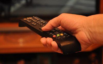 Misas por internet y TV: por qué mejor en directo