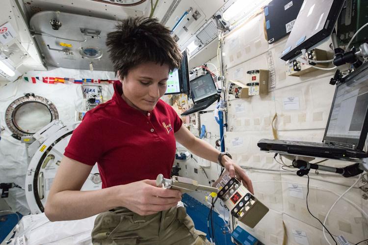 Consejos de una astronauta para el confinamiento