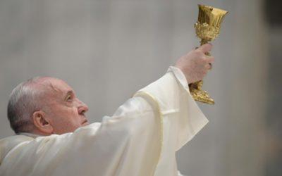 El Papa envía mensaje a los sacerdotes en la Misa de la Cena del Señor