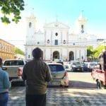 «Auto Misa»: El vehículo que conduce a Dios en Paraguay