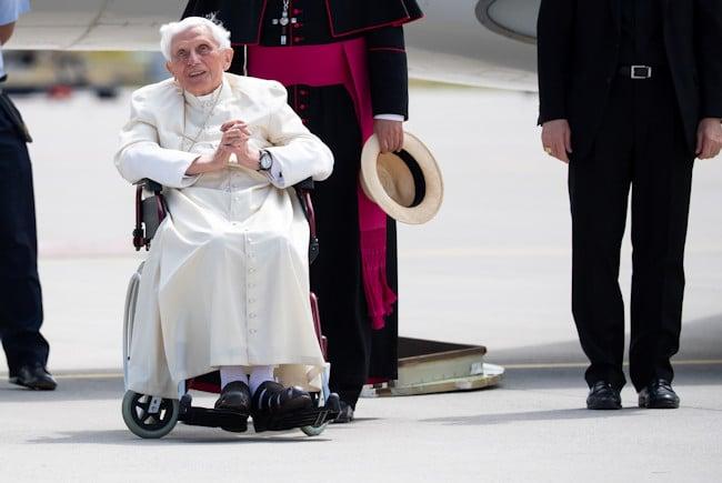 El Papa Benedicto XVI regresa al Vaticano