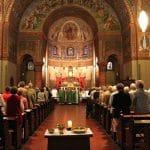 Francisco pide acabar con 'clericalismo'