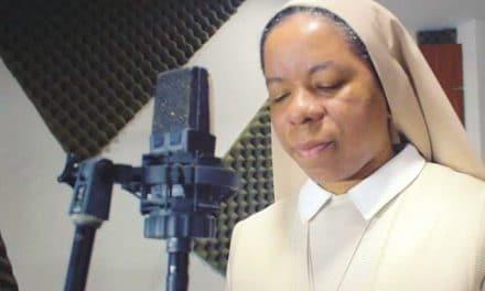 """Dios uso la música como excusa para atraerme"""