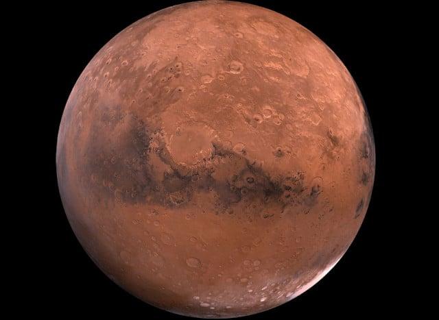 Si descubrieron agua y hielo en Marte, ¿podría también haber vida?