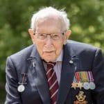 El Capitán Tom ha muerto a los cien años de edad