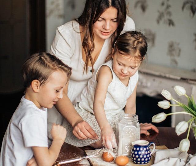Retos y bendiciones de una mamá sola en casa