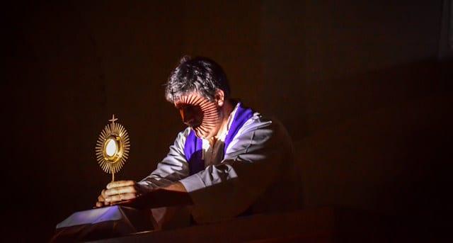 La Iglesia y el mundo necesitan a Jesús Eucaristía