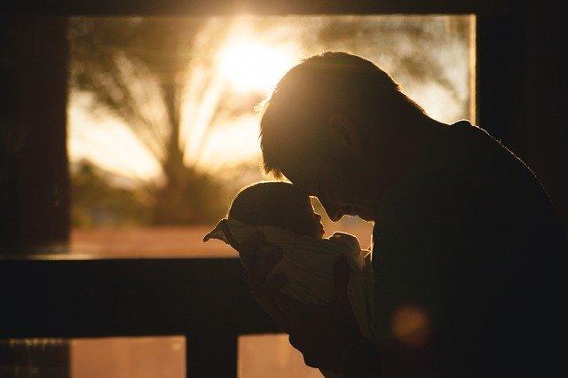 Oración de los padres para educar bien a sus hijos