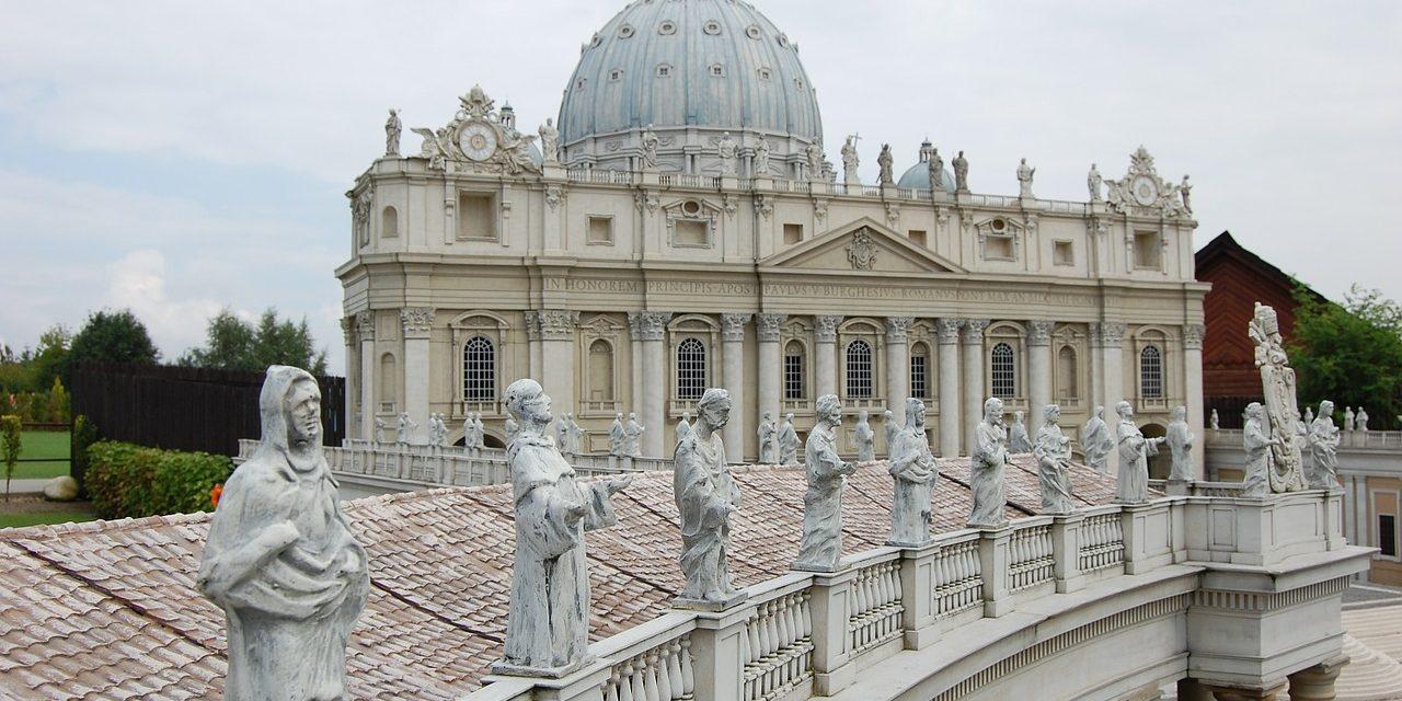 ¿Cómo ayudan el Papa y el Vaticano a los países más afectados por la pandemia?