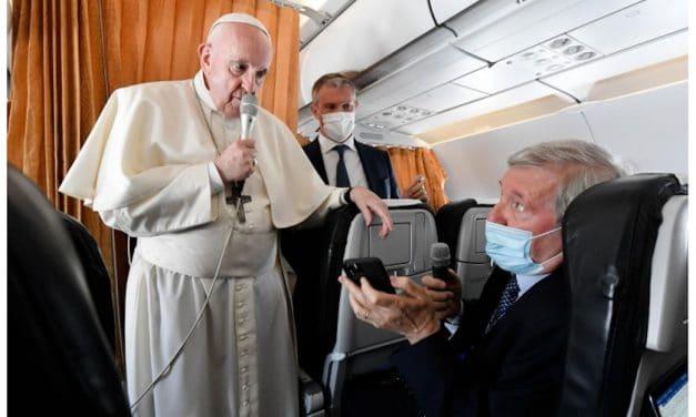 Los periodistas preguntan y el Papa Francisco responde